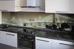 Кухонный фартук с ультрафиолетовой печатью