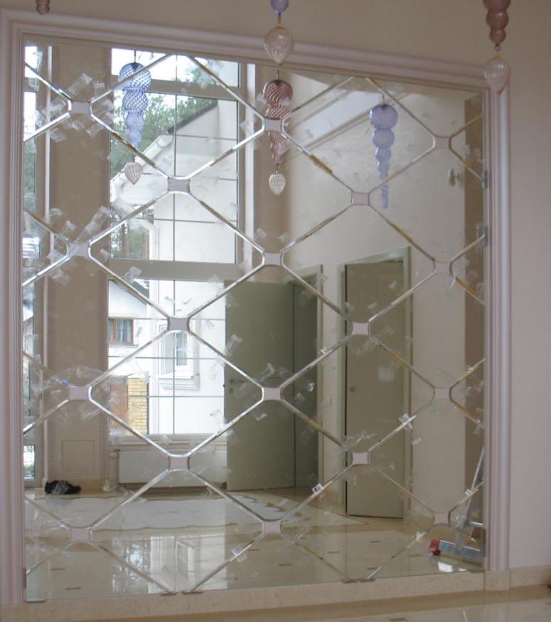 зеркальная панель с алмазной гравировкой